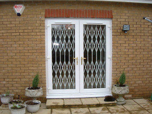 Economy Retractable Grilles